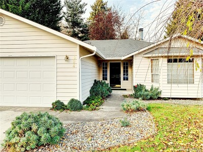 Tumwater Single Family Home For Sale: 924 Irving St SW