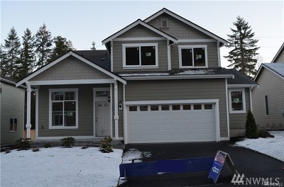 Port Orchard Single Family Home For Sale: 3676 SE Chesterton Dr