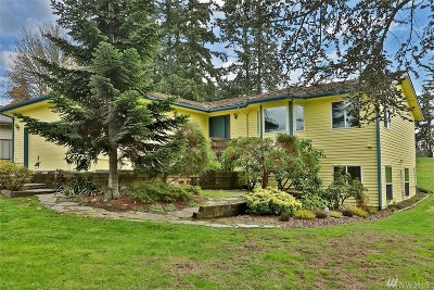 Langley Single Family Home For Sale: 5807 Captain Vancouver Dr