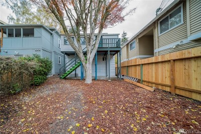 Everett Multi Family Home For Sale: 3408 Rockefeller Ave SE