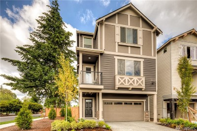 Lynnwood Single Family Home For Sale: 21028 2nd Ave W #12