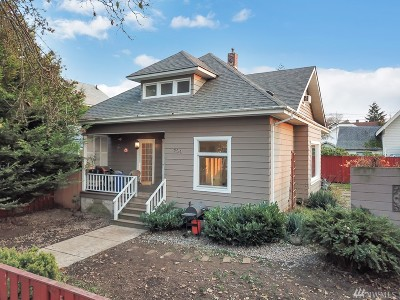 Pierce County Single Family Home For Sale: 704 E Wright Ave
