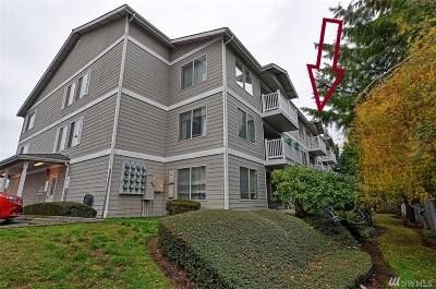 Everett Condo/Townhouse For Sale: 1910 W Casino Rd #132