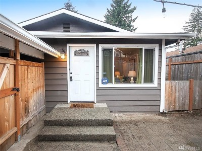 Seattle Single Family Home For Sale: 923 N 102nd St