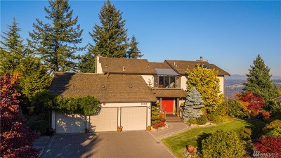 Puyallup Single Family Home Contingent: 12825 135th Av Ct E