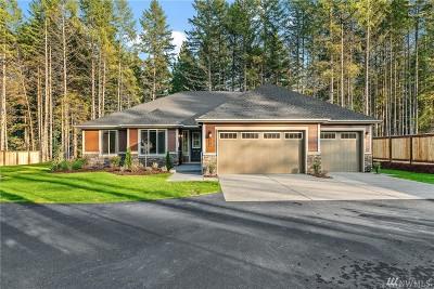 Thurston County Single Family Home Contingent: 4702 Center Lane NE