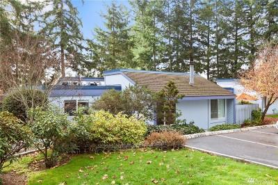 Renton Condo/Townhouse For Sale: 4300 NE Sunset Blvd #D8