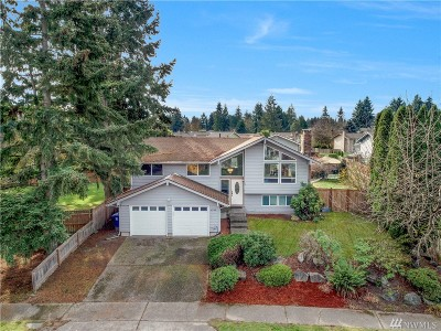 Renton Single Family Home For Sale: 4333 NE 22nd Ct