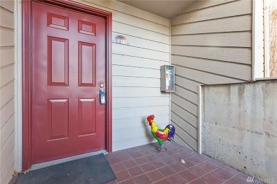 Tukwila Condo/Townhouse For Sale: 15254 Sunwood Blvd #E12