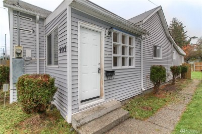 Tacoma Single Family Home For Sale: 905 S 56th St