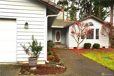 Lacey Single Family Home For Sale: 9256 Lewis Dr NE