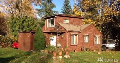 Bremerton Multi Family Home For Sale: 9171 Brownsville Hwy NE