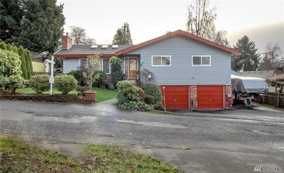 Burien Single Family Home For Sale: 2025 SW 117th Place