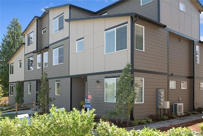 Lynnwood Single Family Home For Sale: 3230 148th St SW #G-2