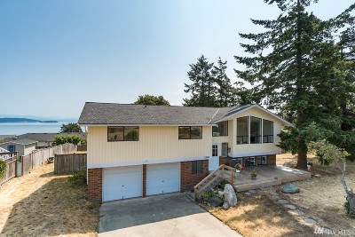 Oak Harbor Single Family Home For Sale: 1250 Eagle Crest Dr