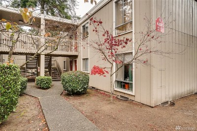 Lynnwood Condo/Townhouse For Sale: 4801 180th St SW #B204