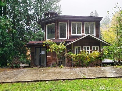 Bainbridge Island Single Family Home Pending Inspection: 5486 Taylor Ave NE
