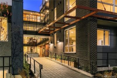 Seattle Condo/Townhouse For Sale: 121 12th Ave E #203