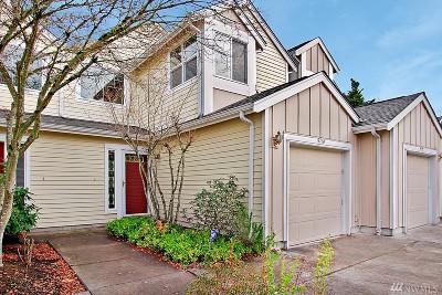 Redmond Condo/Townhouse For Sale: 9114 159th Place NE