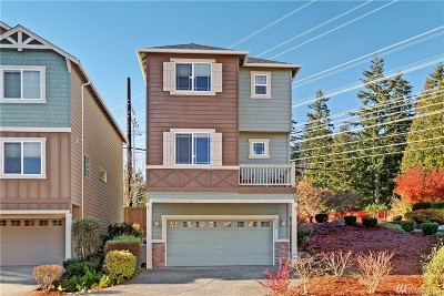 Bothell Condo/Townhouse For Sale: 3425 164th Place SE