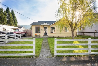 Sedro Woolley Single Family Home For Sale: 737 Talcott