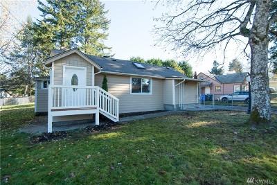 Lakewood Single Family Home For Sale: 8505 Leona Way SW