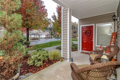 Puyallup Condo/Townhouse For Sale: 12508 172nd St E #BB205