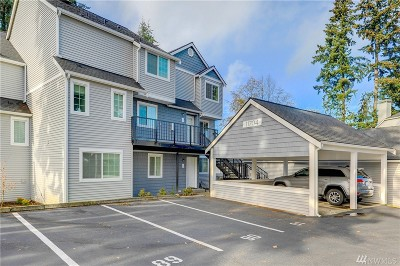 Everett Condo/Townhouse For Sale: 11704 Admiralty Wy #I