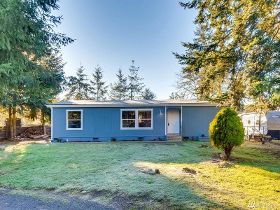 Spanaway Single Family Home For Sale: 6324 202nd St Ct E