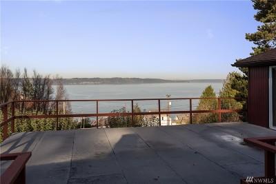 Tacoma Single Family Home For Sale: 1515 Longfellow Ave NE