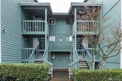 Auburn Condo/Townhouse For Sale: 3428 I St NE #S104