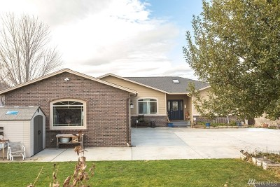 Moses Lake Single Family Home For Sale: 496 Viewmont Dr SE