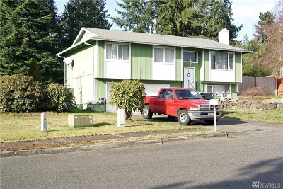 Puyallup Single Family Home For Sale: 2634 Parkwood Blvd