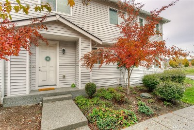 Dupont Condo/Townhouse For Sale: 1985 Garry Oaks Ave #C