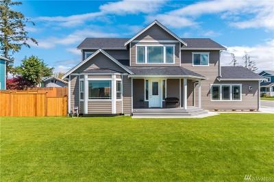Oak Harbor Single Family Home For Sale: 1830 SW Tahoe St