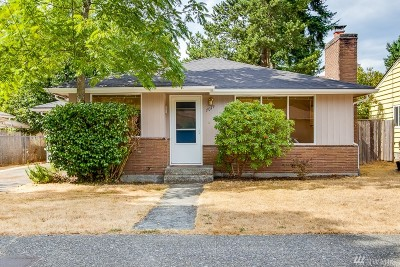 Seattle Single Family Home For Sale: 7019 25th Ave NE