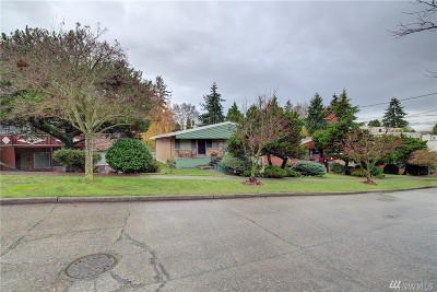 Seattle Multi Family Home For Sale: 2371 48th Ave SW