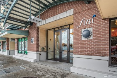 Seattle Condo/Townhouse For Sale: 6801 Greenwood Ave N #215