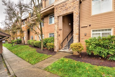 Bothell Condo/Townhouse For Sale: 18930 Bothell Everett Hwy #A305