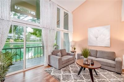 Redmond Condo/Townhouse For Sale: 6260 139th Ave NE #60