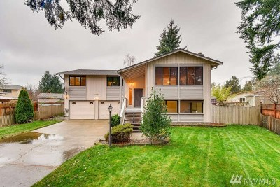 Lakewood Single Family Home For Sale: 9323 71st St SW