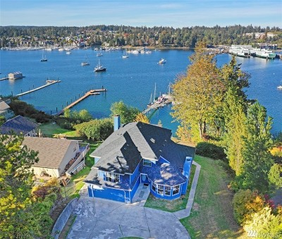 Bainbridge Island Single Family Home For Sale: 4725 NE Eagle Harbor Dr