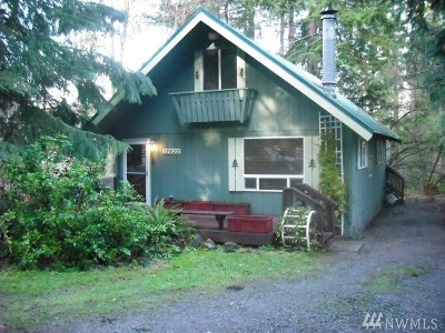 Yelm Single Family Home For Sale: 17523 Clearlake Blvd SE