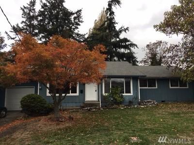 Oak Harbor Single Family Home For Sale: 540 SE 4th Ave