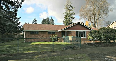 Centralia Single Family Home For Sale: 1225 N Washington Ave