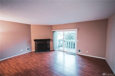 Bellingham WA Condo/Townhouse For Sale: $155,000