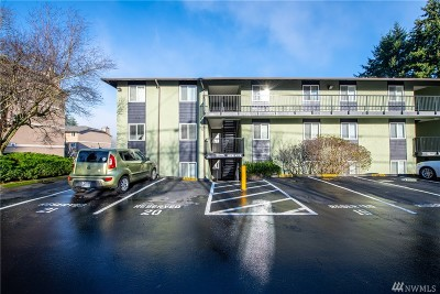 Everett Condo/Townhouse For Sale: 423 75th St SE #A7
