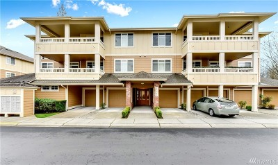 Redmond Condo/Townhouse For Sale: 23943 NE 115th Lane #102