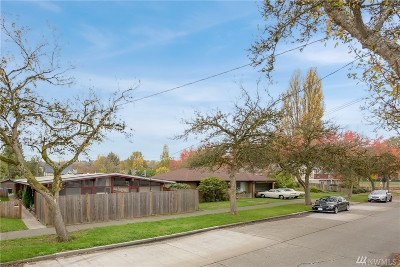 Seattle Multi Family Home For Sale: 819 S Thistle St