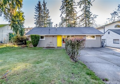 Mountlake Terrace Single Family Home For Sale: 5206 238th St SW